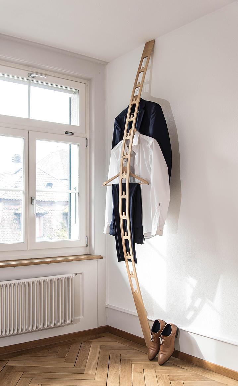 muss man einen herrendiener haben van rooijen style post. Black Bedroom Furniture Sets. Home Design Ideas