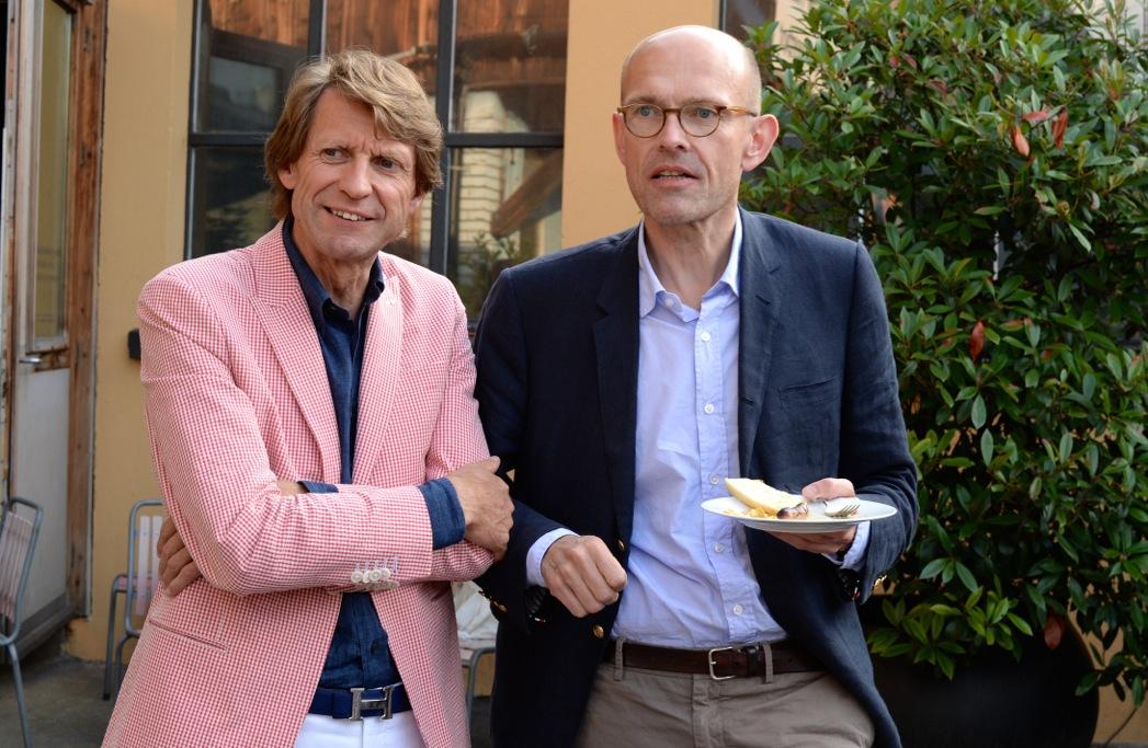 """Mitbewerber unter sich: Pfister-CEO Meinrad """"Meiri"""" Fleischmann und Interio-Chef Reto Waidacher"""