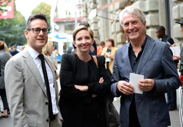 Peter Flückiger und Mirjam Matti vom Textilverband, Ronald Weisbrod