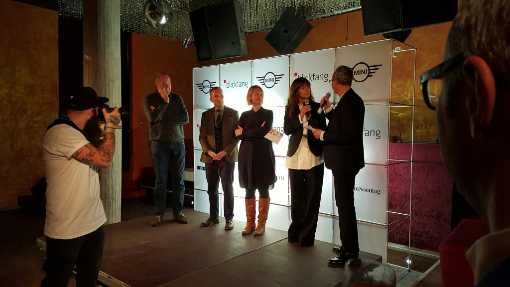 Die Blickfang-Jury: Nils Holger Moormann, FrédéRic Dedelley, Line Numme, Nina van Rooijen und Host Hannes Hug