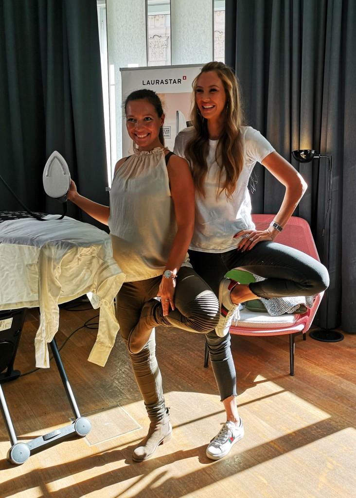 Amina Wohlfahrt mit Alessandra Meyer-Wölden.