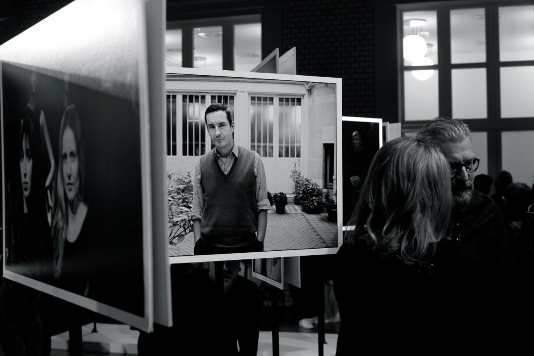 Ausstellung von Helmut Frickes Bildern.